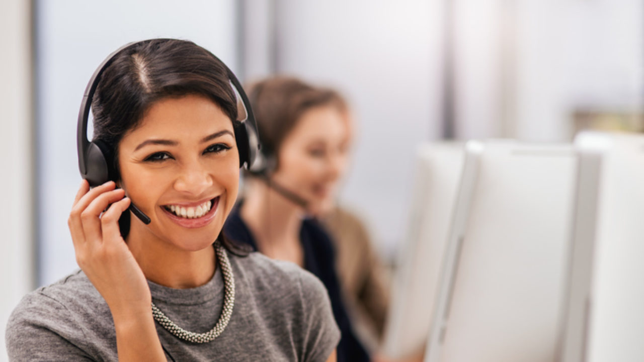 10-Tips-and-Considerations-Before-Selecting-a-Telephone-Answering-Service-for-Your-Business-1280x720